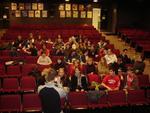 Im Auditorium der High School